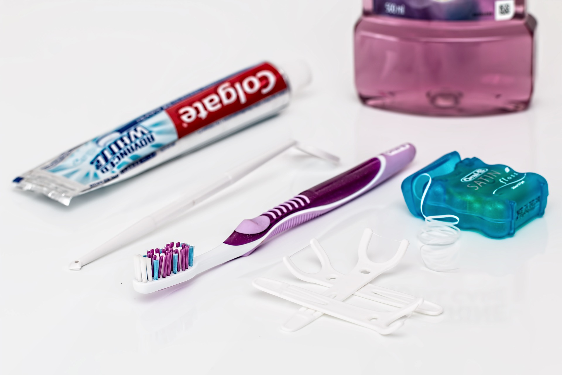 Teeth Cleaning and Care Routines: How to Look After Your Teeth between dental visits